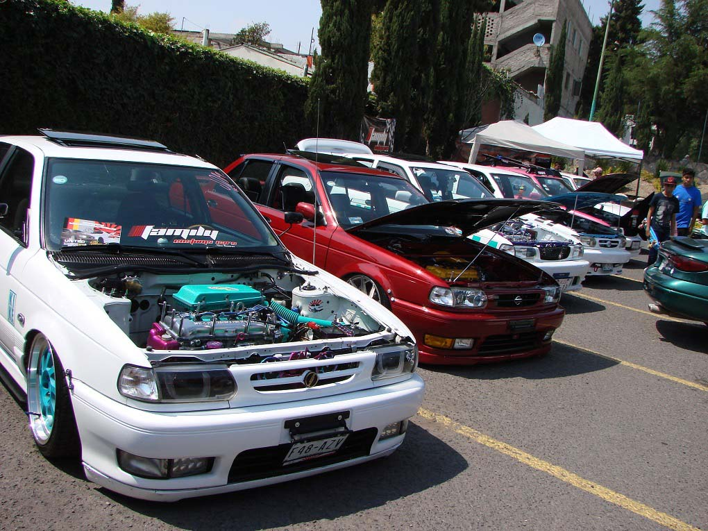 Family Customs Cars